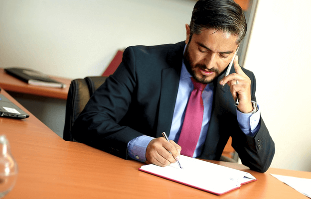 Business Professionals You Definitely Want To Have In Your Phone Book